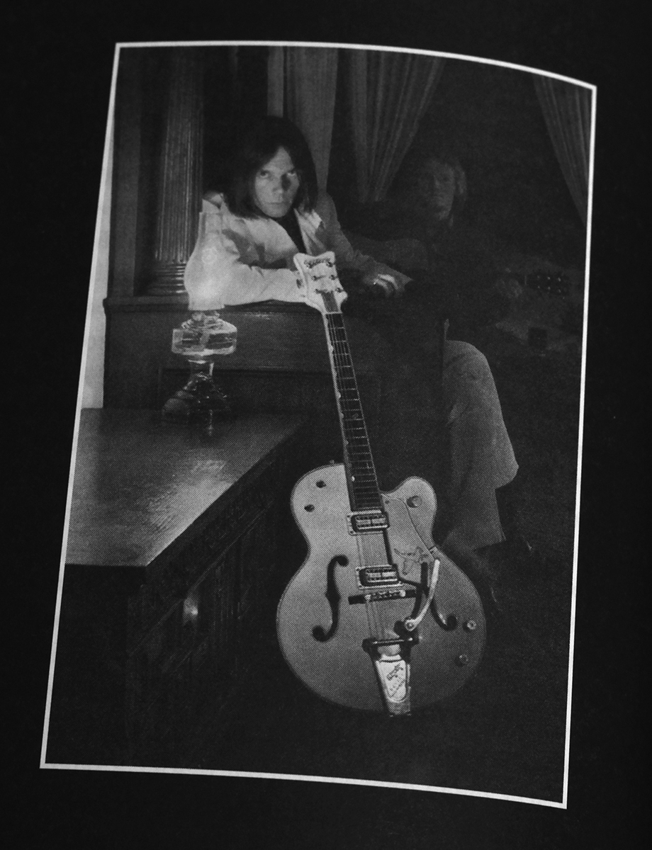 NEIL YOUNG-1