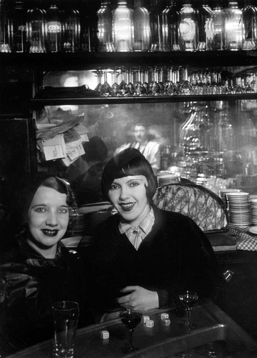Brassai-95-Prostitutes-at-a-bar