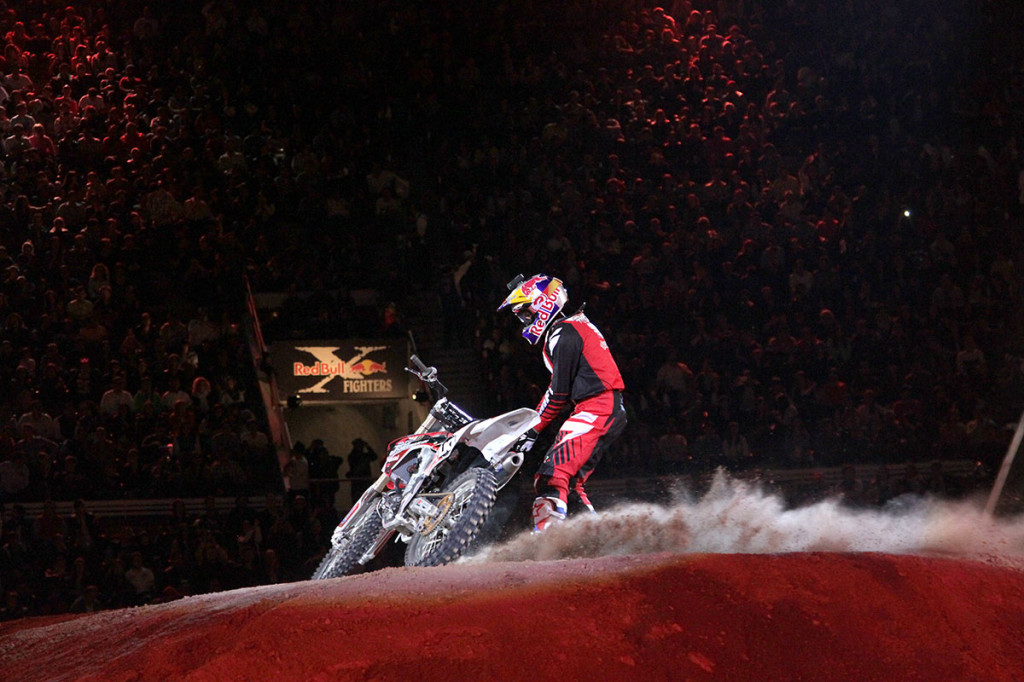 RED BULL X FIGHTERS m1