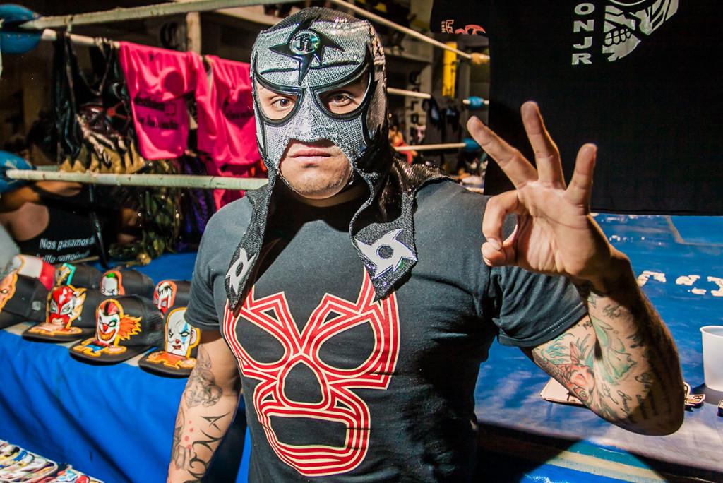 lucha-14-Pentagón-Jr