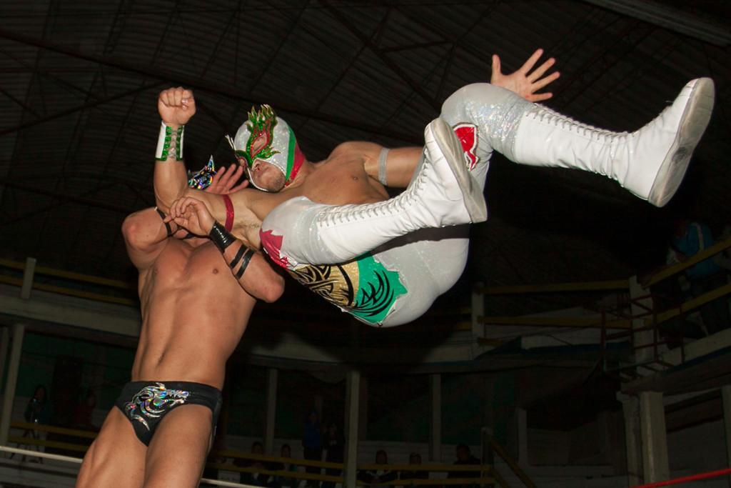 lucha-6-Flamita-y-Dragon-Lee