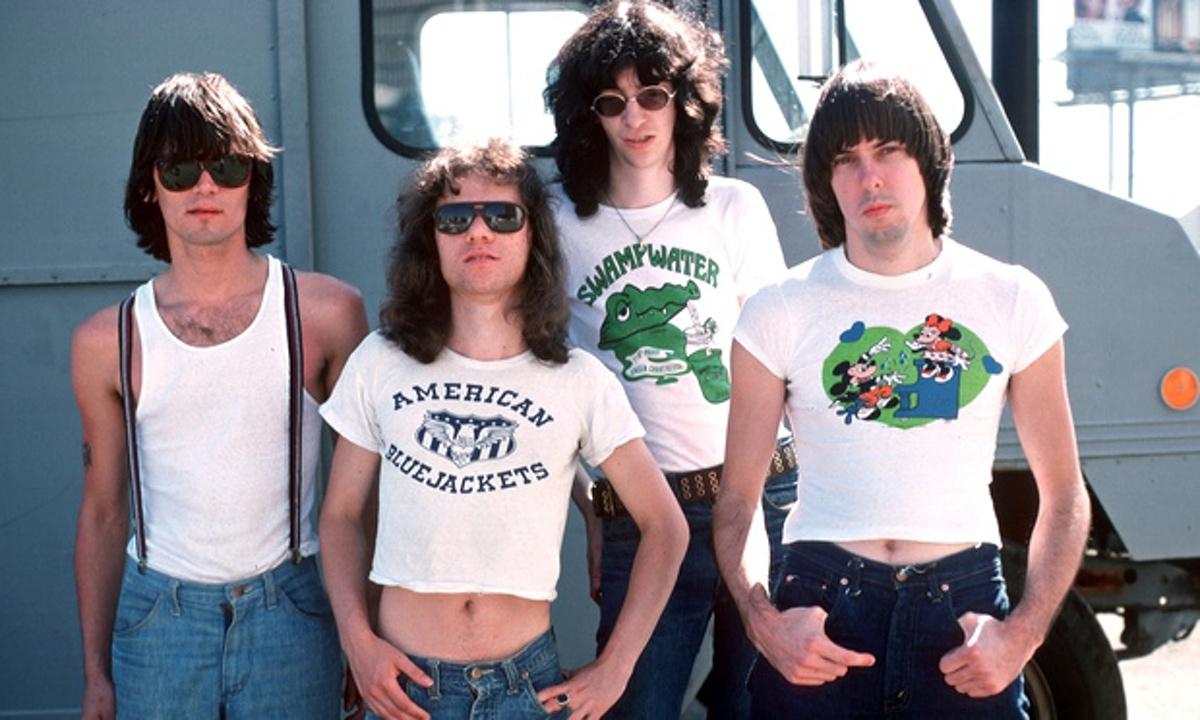 The-Ramones-in-1976-012