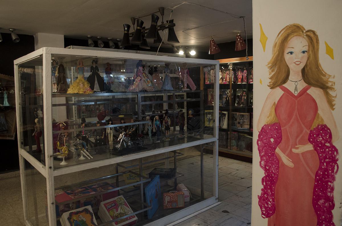 mural mujam, expo barbie