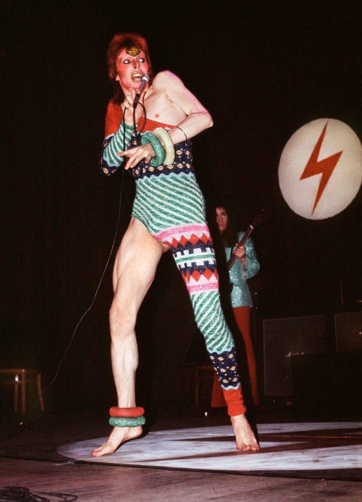 1984, el libro de George Orwell, una vez quiso ser llevado al terreno del teatro musical y David Bowie estuvo detrás de la idea.