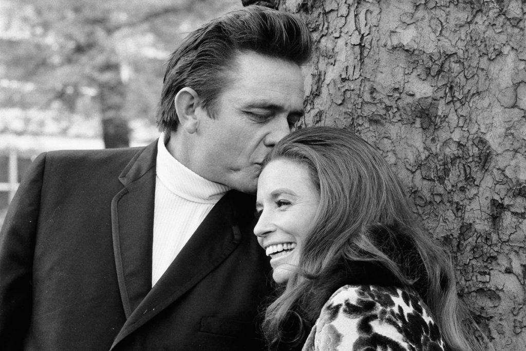 el amor entre June Carter Johnny Cashnunca estuvo en duda