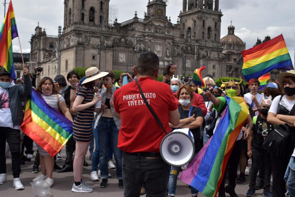 CRISTIANOS EN MARCHA LGBTTTIQ+