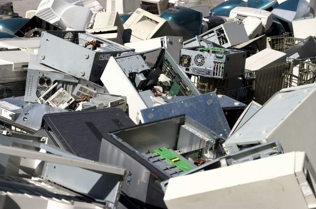 contaminación ambiental residuos tecnológicos