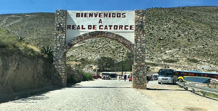 entrada pueblo Real de Catorce